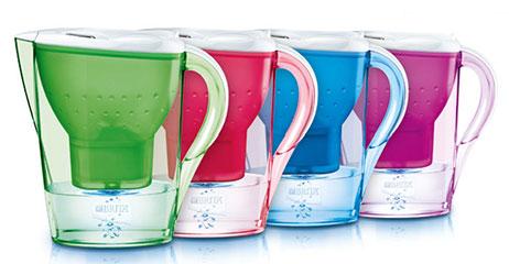 filtrarea apei, cani si recipiente filtrante